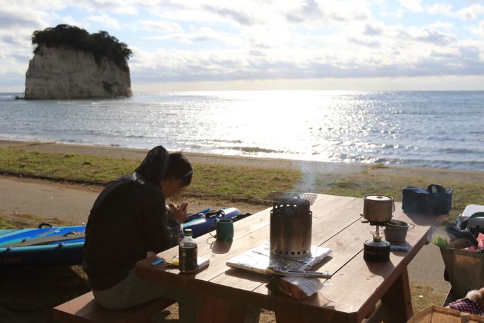 見附島キャンプ朝 (7)