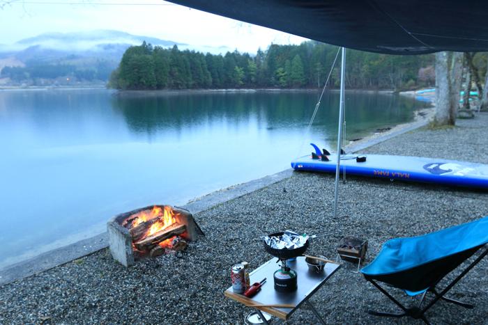 夕方雨キャンプ (3)