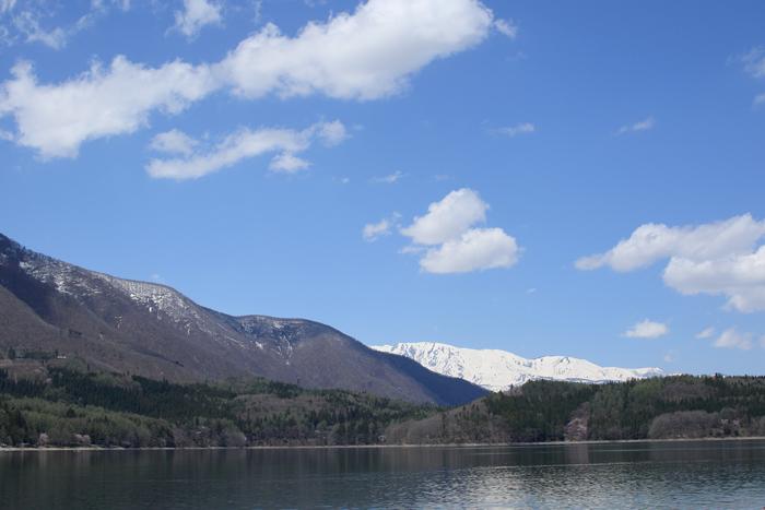 青木湖と白馬