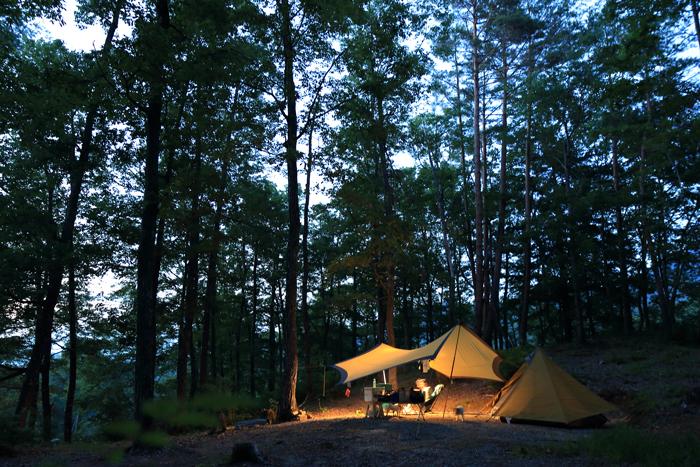 13夕方キャンプ場2